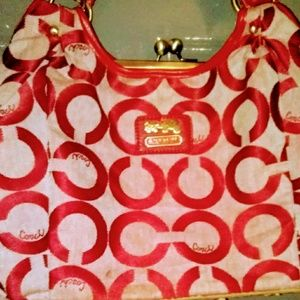 💯COACH👜Maggie Madison Op Art Red Sateen Hobo